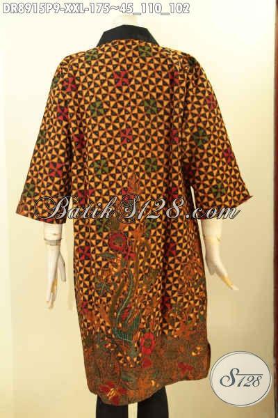 Dress Batik Big Size Nan Istimewa, Pakaian Batik Untuk Wanita Gemuk Tampil Elegan Dan Modis, Hadir Dengan Kerah Polos Lengan 3/4 di Lengkapi Resleting Depan Motif Mewah Hanya 175K [DR8915P-XXL]