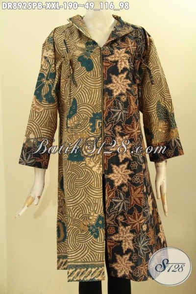 Dress Batik Istimewa Spesial Untuk Perempuan Gemuk, Pakaian Batik Modern Motif Klasik Nan Berkelas Desain Mewah Kerah Langsung Lengan 3/4 Dan Resleting Depan, Pilihan Tepat Untuk Penampilan Lebih Sempurna