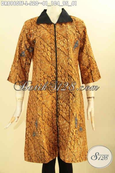 Baju Dress Batik Solo Jawa Tengah Terbaru, Pakaian Batik Nan Istimewa Lengan 7/8 Dengan Kerah Dan Resleting Depan, Membuat Penampilan Cantik Mempesona