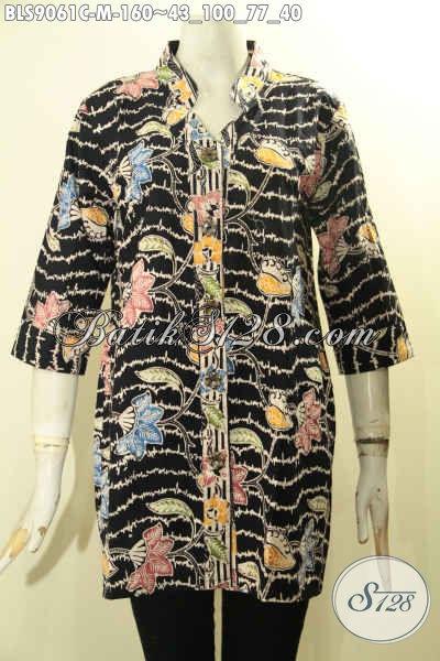 Baju Batik Wania Kantor Modern Motif Unik, Blouse Batik Solo Asli Model Lengan 3/4 Pakai Kancing Depan Proses Cap Bahan Adem Yang Nyaman Di Pakai Harian [BLS9061C-M]