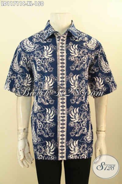 Busana Batik Hem Warna Biru Lengan Pendek, Pakaian Batik Solo Jawa Tengah Kekinian Motif Unik Proses Cap, Pilihan Tepat Untuk Penampilan Lebih Mempesona