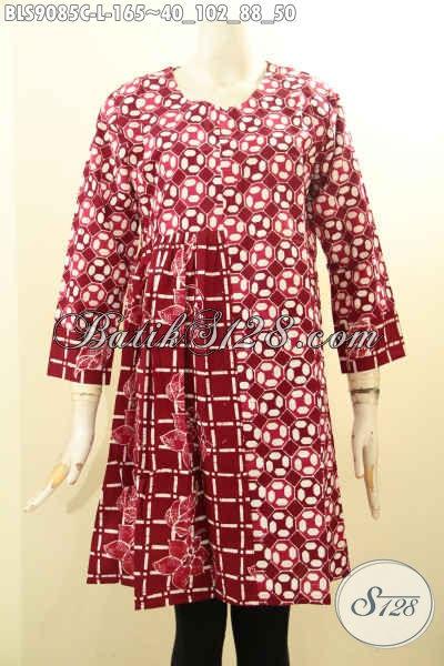 Blouse Batik Solo Warna Merah Nan Berkelas, Hadir Dengan Desain Lengan Panjang Resleting Belakang Motif Bagus Proses Cap, Tampil Lebih Istimewa