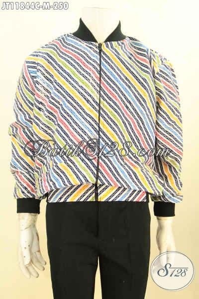 Jual Online Jaket Bomber Bahan Batik Solo Nan Berkelas, Produk Terbaru Tren Masa Kini Motif Keren Warna Trendy Proses Cap Dan Di Lengkapi Furing Dormeuil Hanya 250K