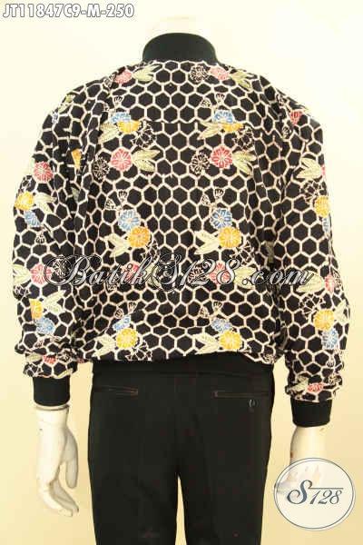 Koleksi Terbaru Jaket Batik Solo Nan Istimewa, Hadir Dengan Paduan Warna Nan Modis Model Bomber Di Lengkapi Furing Dormeuil, Tampi Tampan Dan Menawan