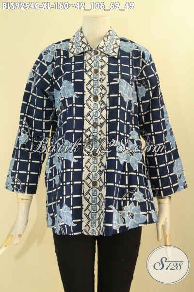 Jual Batik Blouse Solo Untuk Wanita Dewasa, Pakaian Batik Elegan Model Kerah Lancip Kancing Depan Dengan Lengan Panjang 7/8, Tampil Makin Cantik Dan Percaya Diri [BLS9254C-XL]
