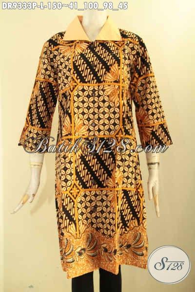 Baju Batik Dress Wanita Motif Elegan Dengan Sentuhan Klasik, Busana Batik Istimewa Untuk Kerja Dan Acara Resmi Model Kerah Polos Lengan 7/8 Pakai Kancing Depan [DR9333P-L]