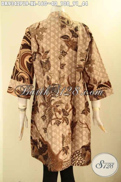 Jual Batik Dress Solo Lengan 3/4, Busana Batik Mewah Untuk Wanita Dewasa Kombinasi 2 Motif Model Kerah Shanghai Pakai Resleting Belakang Tampil Mewah Harga Terjangkau [DR9342PL-XL]