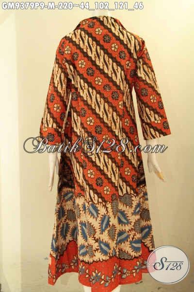 Gamis Batik Batik Solo Nan Elegan Dan Berkelas, Hadir Dengan Motif Klasik Model Resleting Depan Kwalitas Istimewa, Cocok Untuk Acara Resmi Maupun Ke Kondangan [GM9379P-M]