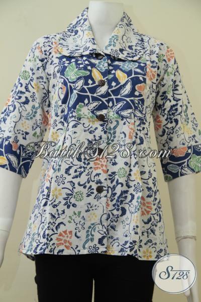 Baju Batik Kerja Perempuan Karir Masa Kini, Blus Batik Motif Modern Wanita Tampil Feminim Dan Percaya Diri, Size S – M