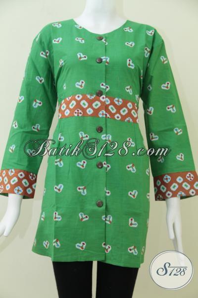 Busana Batik Perempuan Masa Kini Warna Yang Trendy Dan Apik, Blus Batik Hijau Dengan Motif Simpel Terlihat Manis Dan Feminim, Size XL – XXL