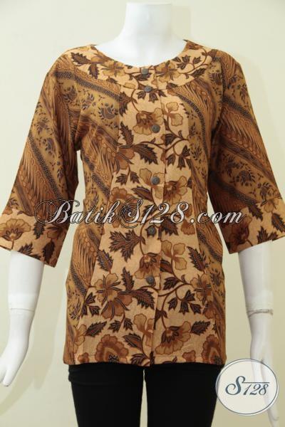 Pakaian Batik Solo Online Dengan Koleksi Terlengkap, Baju Batik Blus Wanita Karir Motif Klasik, Busana Batik Print Bahan Paris Halus Lembut Dan Adem, Size M