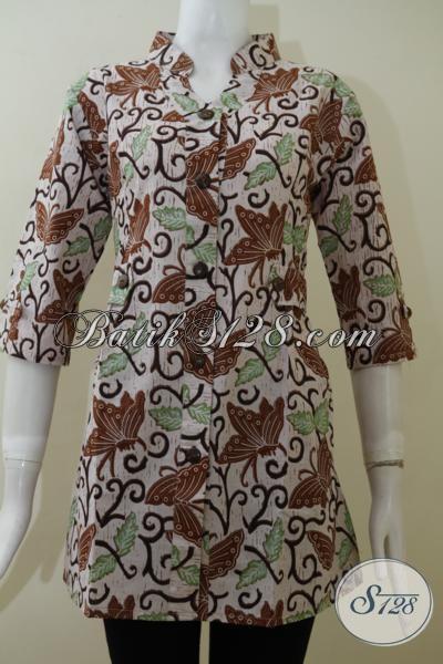 Blus Batik Klasik Modern Motif Daun Dan Kupu-Kupu, Baju Batik lengan Tiga Perempat Proses Print Harga Terjangkau, Untuk Tampil Trendy Gak Harus Mahal [BLS2003P-M]