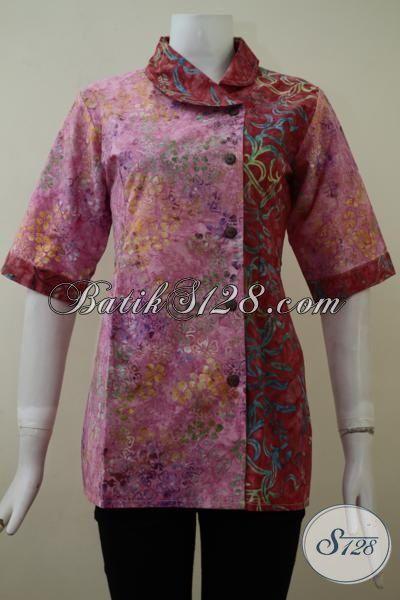 Baju Blus Batik Dengan Kombinasi Dua Warna Dan Motif Keren Khas Wanita Muda Masa Kini Yang Selalu Ingin Tampil Feminim Dan Kece [BLS2128CS-M]