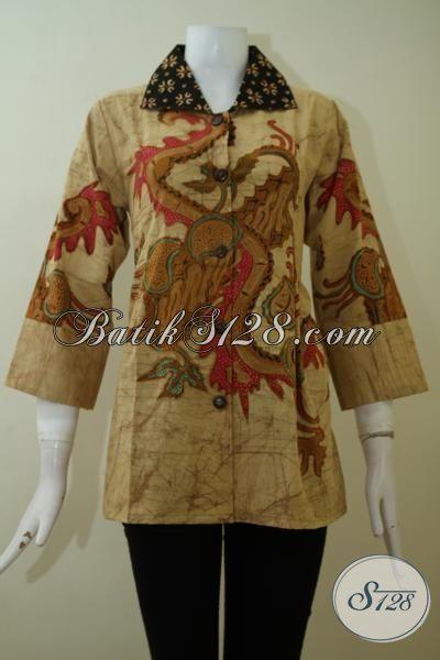 Baju Batik Wanita Seragam Kerja Mewah Berkelas, Blus Batik Tulis Bledak Bahan Halus Yang Nyaman Di Pakai [BLS2437TD-M]