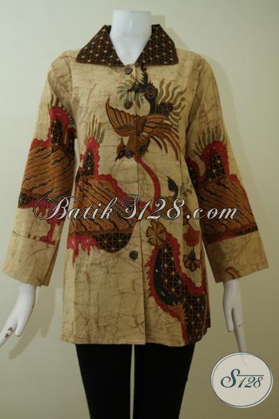 Busana Batik Ukuran Jumbo Motif Klasik Proses Tulis Bledak, Baju Batik Model Blus Khusus Untuk Perempuan Berbadan Gemuk Tampil Terlihat Langsing Dan Elegan [BLS2440TD-XXL]