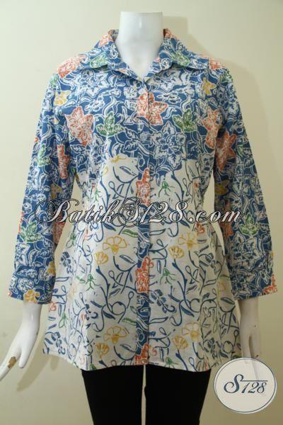 Batik Blus Motif Terbaru Yang Paling Banyak Dicari, Pakaian Batik Wanita Warna Biru Kombinasi Putih Bagus Dan Terjangkau [BLS2606C-M]