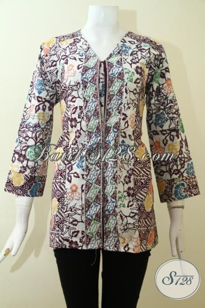 Toko Busana Batik Seragam Kerja Wanita Pilihan Lengkap, Sedia Blus Batik Cap Produk Solo Model Kesukaan Wanita Muda, Size M