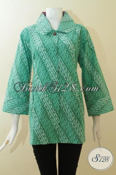 Blus Batik Unik Dua Warna Dua Motif, Pakaian Batik Warna Depan Hijau Belakang Merah, Blus Batik Trendy Khas Wanita Muda [BLS2966CT-XL]
