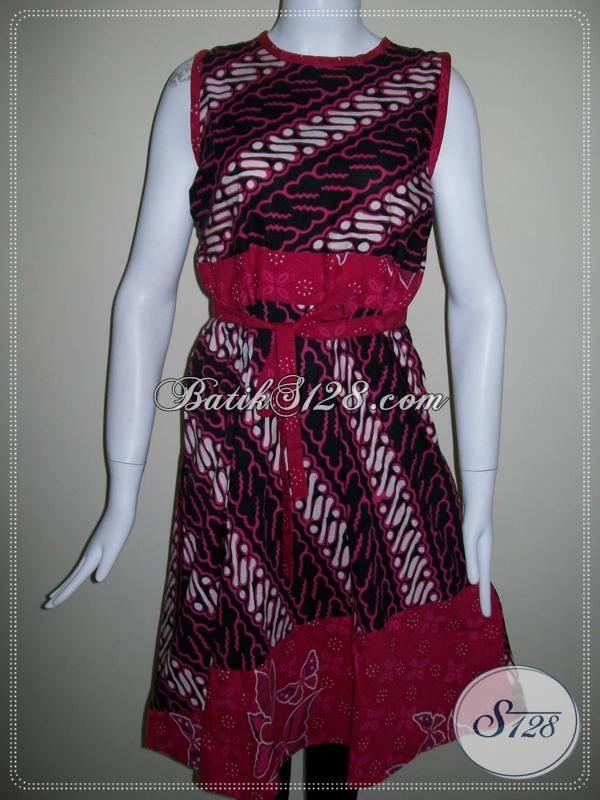 Blus Batik Dengan Tali Pinggang Motif Parang Kombinasi Merah