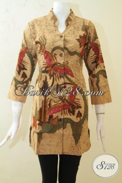 Busana Batik Produk Solo Desain Terbaru Untuk Wanita, Baju Batik Istimewa Full Furing Proses Tulis Bikin Perempuan Semakin Modis Dan Memikat [BLS3194TF-M]