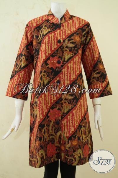 Tampil Modis Dengan Blus Batik Klasik Parang Bunga, Baju Batik Full Furing Kesukaan Pegawai Kantoran, Batik Solo Proses Kombinasi Tulis Ukuran L [BLS3303BTF-L]