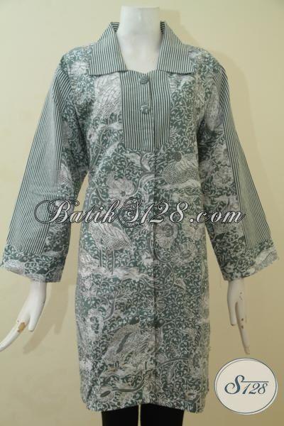 Baju Batik Buatan Solo Warna Kalem, Blus Batik Keren Berbahan Adem Nyaman Di Pakai, Pakaian Batik Wanita Karir Model Terbaru Proses Printing, Size XL