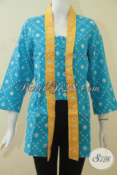 Blus Batik Modern Desain Klasik Berpadu Warna Biru Dengan Aksen Kuning, Baju Batik Printing Halus Wanita Bisa Terlihat Lebih Rapi