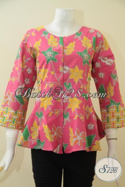 Baju Blus Batik Printing Warna Ping Dengan Kombinasi Motif Trendy Kesukaan Wanita Muda, Baju Kerja Batik Cerah Bikin Cewek Terlihat Anggun Mempesona, Size M – L