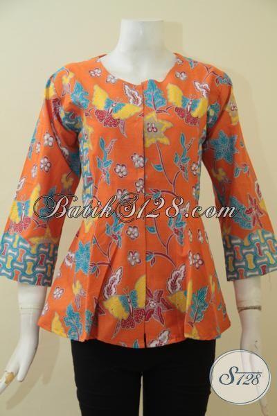 Batik Blus Orange Model Terbaru Yang Trendy Dan Modis, Baju Batik Solo Proses Print Kesukaan Wanita Muda Karir Aktif, Size S – M