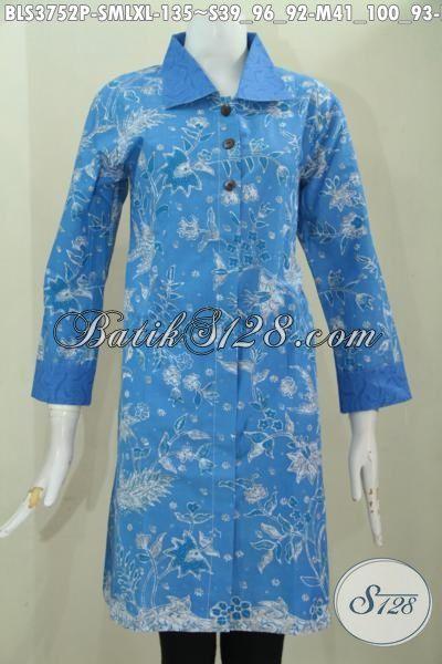 Pusat Penjualan Busana Batik Jawa Online Rujukan Fashion Batik Wanita Masa Kini, Sedia Blus Batik Printing Halus Warna Biru Desain Istimewa Tampil Lebih Mempesona