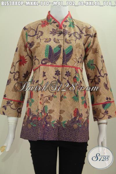 Blus Batik Kerah Shanghai Produk Terbaru Dari Solo, Baju Batik Wanita Model Plisir Berbahan Halus Motif Trendy Proses Printing Harga 100 Ribuan [BLS3880P-XXL]