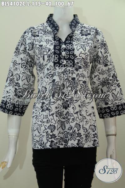 Baju Batik Blus Dasar Putih Dengan Motif Unik Warna Hitam, Pakaian Batik Wanita Muda Dan Dewasa Model Kerah Shanghai Kwalitas Mewah Harga Murah Meriah [BLS4102C-L]