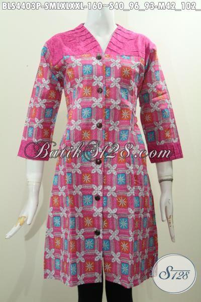Baju Blus Trendy Warna Pink Dengan Bahan Perpaduan Kain Embos, Busana Batik Motif Keren Proses Printing Untuk Wanita Muda Tampil Modis Dan Kece, Size S – L