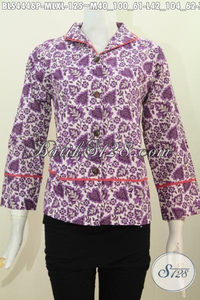 Jual Online Blus Batik Warna Unguk Model Terbaru Kerah Langsung, Produk Pakaian Batik Wanita Karir Untuk Kerja Desain Berkelas Tampil Mewah Dengan Harga Murah, Size M – L- XL