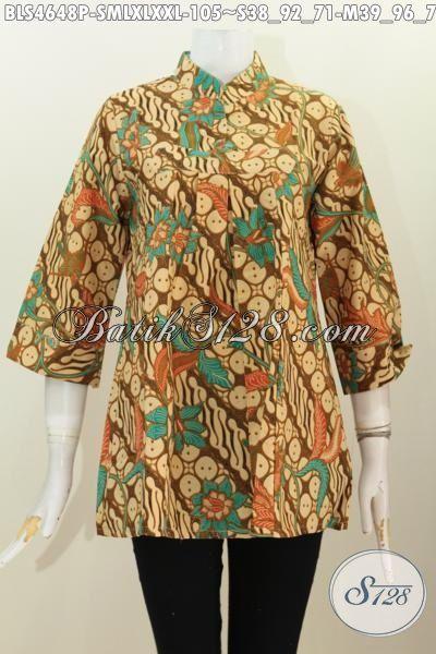 Blus Batik Elegan Model Kerah Shanghai Tanpa Kancing, Pakaian Batik Wanita Muda Dan Dewasa Berbahan Halus Motif Klasik Proses Printing Untuk Penampilan Lebih Berkelas, Size S – M – L – XL
