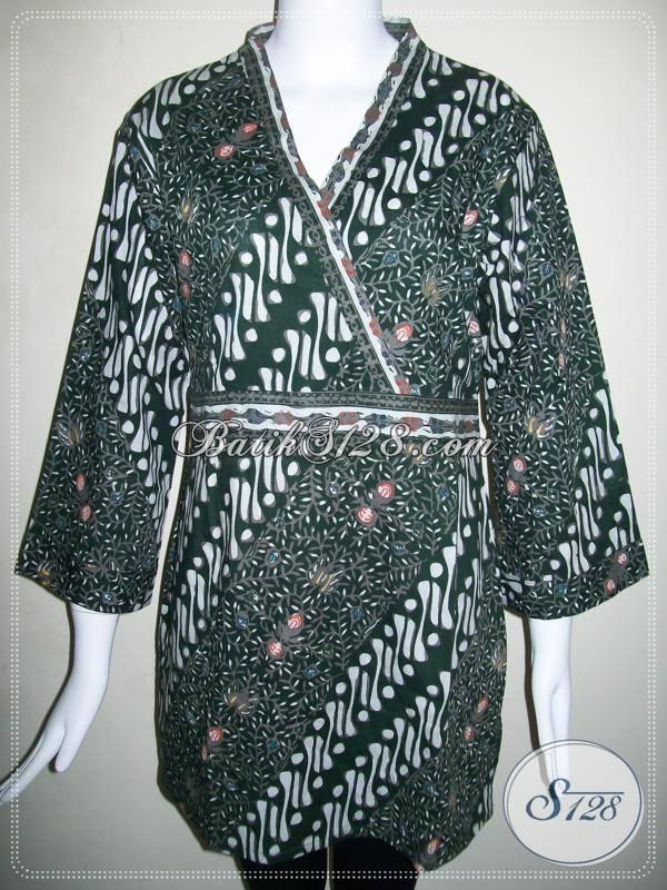 Blus Batik Wanita Model Kimono dengan Motif Modern