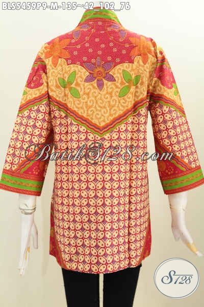 Jual Baju Blus Online Model Tanpa Kerah, Busana Batik Wanita Size M Motif Sinaran Proses Printing Bahan Halus Yang Nyaman Di Pakai Kerja Dan Kondangan [BLS5459P-M]