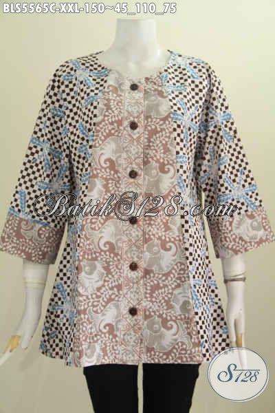 Baju Batik Blus Khusus Untuk Perempuan Gemuk, Baju Batik Tanpa Kerah Motif Keren Komobinasi Dua Warna Bahan Halus Proses Cap, Tampil Makin Anggun Dan Elegan [BLS5565C-XXL]