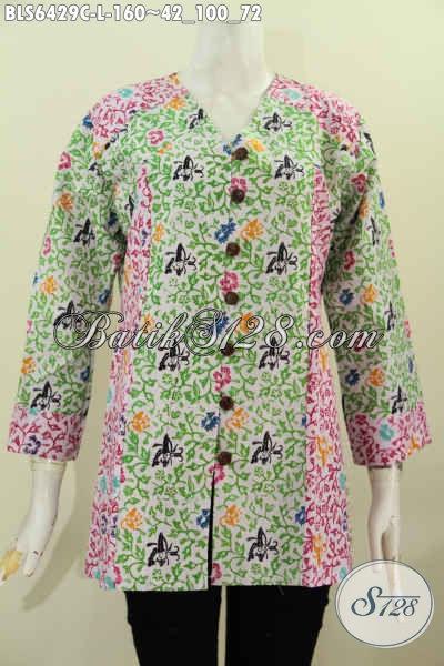 Blus Batik Untuk Kerja, Pakaian Batik Modis Kerah V Dual Motif Bahan Adem Proses Cap Asli Dari Solo [BLS6429C-L]