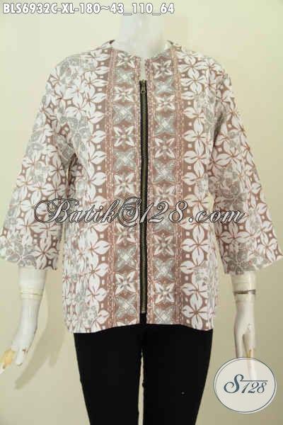 Galery Baju Batik Wanita Online, Sedia Blus Modis Resleting Belakang Trend Mode Masa Kini Yang Membuat Wanita Terlihat Anggun Dan Cantik [BLS6932C-XL]