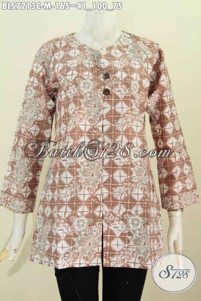 Baju Blus Istimewa Buatan Solo Spesial Untuk Wanita Karir, Pakaian Batik Tanpa Krah Proses Cap Motif Bagus Harga 165K [BLS7213C-M]