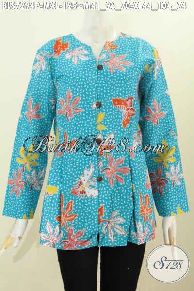 Batik Blus Warna Biru Muda, Baju Batik Modis Mekar Bawah Buatan Solo Proses Printing, Bikin Penampilan Lebih Menawan, Size M – XL