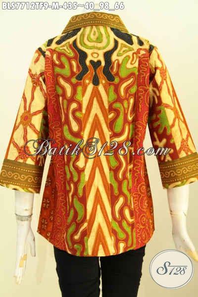 Sedia Blus Batik Premium Solo, Pakaian Batik Kerja Wanita Karir Mewah Pakai Tricot Motif Sinaran Tulis Asli Harga 435K, Size M