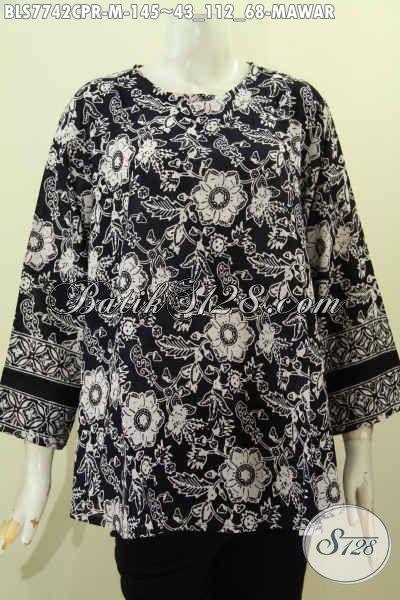Batik Blus Tanpa Krah Motif Mawar Dasar Hitam, Busana Batik Cap Bahan Paris , Lebih Lembut Dan Adem Harga 145K, Size M