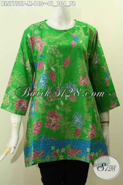 Batik Blus Hijau Motif Bunga, Busana Batik Printing Solo Modis Untuk Wanita Tampil Gaya, Model Tanpa Kra Harga 140K [BLS7759P-M]