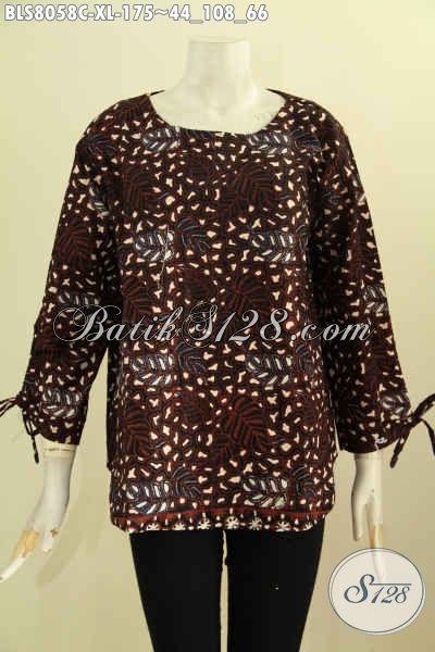 Model Baju Batik Blus Buatan Solo, Pakaian Batik Keren Warna Klasik Berkelas, Model Tanpa Krah Dengan Lengan Bertali Dan Pakai Kancing Belakang Proses Cap Hanya 175K [BLS8058C-XL]