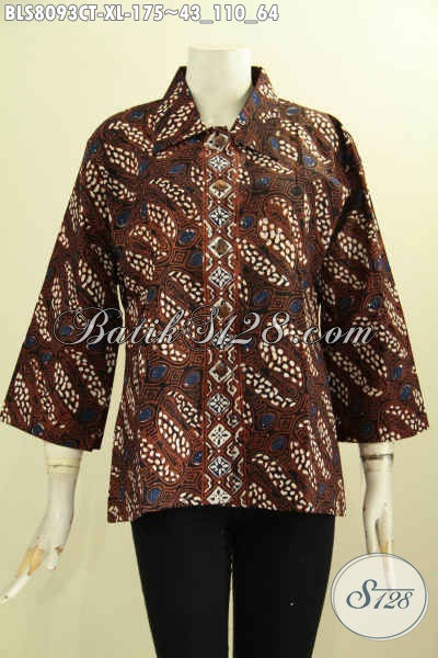 Model Baju Batik Kantor Wanita Elegan, Blus Krah Lancip Nan Istimewa Bahan Halus Motif Berkelas Proses Cap Tulis, Tampil Makin Istimewa [BLS8093CT-XL]
