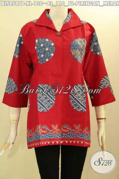 Baju Batik Wanita Warna Merah Motif Piringan, Blus Batik Modern Lengan 7/8 Pakai Krah Kemeja Dan Kancing Depan Hanya 130K