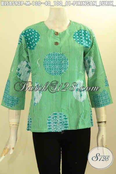 Baju Kemeja Batik Wanita Tanpa Krah, Blouse Batik Hijau Model Kancing Depan Motif Piringan Proses Printing, Bisa Untuk Santai Dan Resmi Hanya 130K [BLS8592P-M]