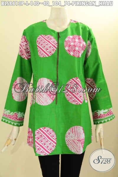 Busana Batik Wanita Trendy Lengan Panjang Motif Piringan Hijau, Pakaian Kemeja Batik Modis Kancing Depan Dengan Kantong Paspo Kanan Kiri, Pas Untuk Pesta